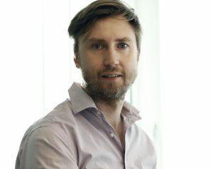 John Henzlert, kommunikatör RMV