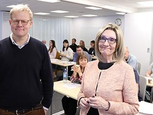 Marianne Kristiansson, professor och överläkare i rättspsykiatri vid Rättsmedicinalverket (RMV) och Jonatan Hedlund, överläkare i rättspsykiatri vid RMV, håller i kursen Rättspsykiatrisk utredning och vård.