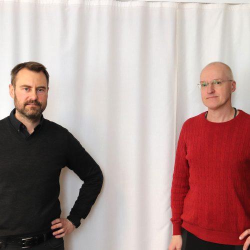 I det här poddavsnittet kommer två av Rättsmedicinalverkets rättstoxikologer, Fredrik Kugelberg och Robert Kronstrand, att berätta hur analyser och tolkningar av provsvar går till på den rättskemiska enheten.