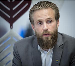 rmv-rättsmedicin-Björn Bäckström uttalar sig i samband med flygkraschen i Umeå 2019
