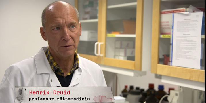 rmv-rättsmedicin-henrik druid professor-blir intervjuad